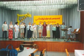 soutěž v Lindenholzhausenu - rozezpívání