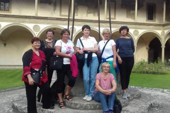 v zahradách kláštera Santa Croce